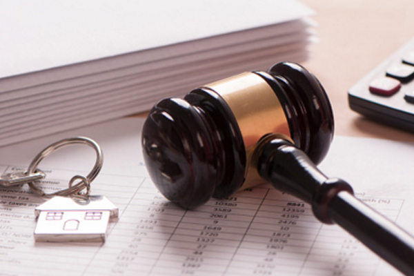 Professional legal advice for landlords